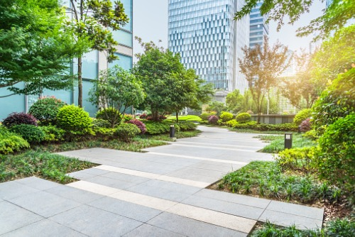 sidewalk-and-landscaping